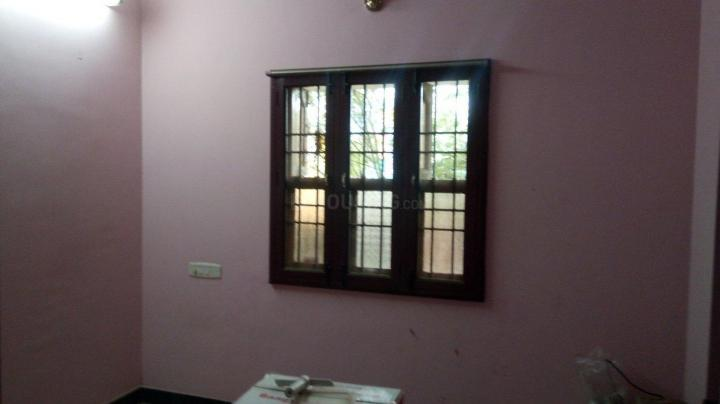 Bedroom Image of 1100 Sq.ft 2 BHK Independent House for rent in Ambattur for 9000