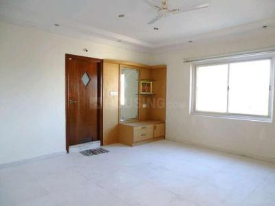 Gallery Cover Image of 2700 Sq.ft 3 BHK Apartment for rent in Cox Town for 90000