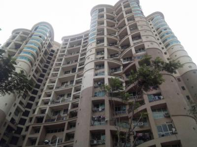 Gallery Cover Image of 975 Sq.ft 2 BHK Apartment for buy in Powai for 17700000