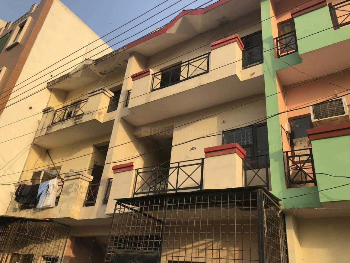 Building Image of 648 Sq.ft 3 BHK Independent Floor for buy in Sector 42 for 4500000