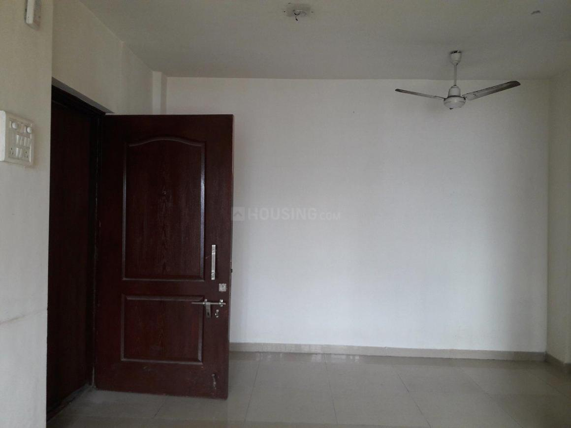 Living Room Image of 647 Sq.ft 1 BHK Apartment for buy in Kandivali East for 8600000
