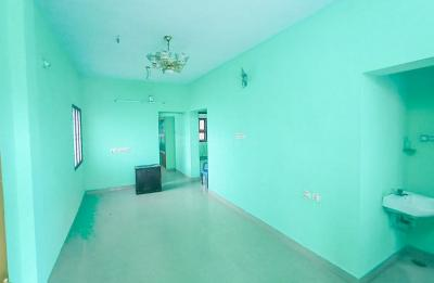 Gallery Cover Image of 1040 Sq.ft 3 BHK Apartment for rent in Iyyappanthangal for 13500