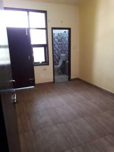 Gallery Cover Image of 1000 Sq.ft 2 BHK Independent Floor for buy in Sector 110 for 2500000