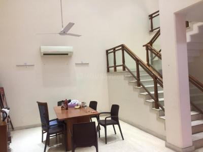 Gallery Cover Image of 7500 Sq.ft 6 BHK Villa for rent in Sector 50 for 155000