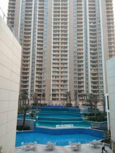 Gallery Cover Image of 1620 Sq.ft 3 BHK Apartment for rent in Sector 121 for 28000