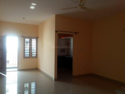 Gallery Cover Image of 600 Sq.ft 1 BHK Apartment for rent in Adugodi for 18000