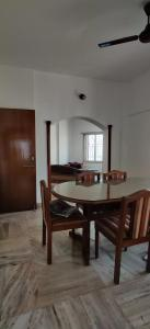 Gallery Cover Image of 1350 Sq.ft 2 BHK Apartment for rent in Krishna Heights, Worli for 90000