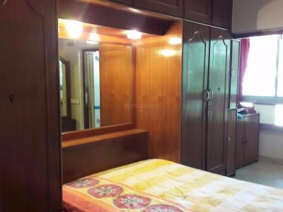 Gallery Cover Image of 700 Sq.ft 2 BHK Apartment for rent in Santacruz West for 60000