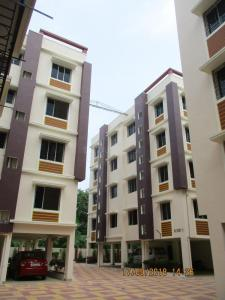 Gallery Cover Image of 1064 Sq.ft 2 BHK Apartment for buy in Narendrapur for 3032400