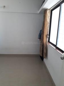 Gallery Cover Image of 1000 Sq.ft 3 BHK Apartment for rent in Gemini Grand Bay, Manjari Budruk for 16000