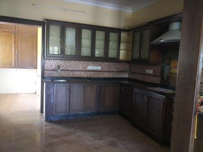 Gallery Cover Image of 1900 Sq.ft 3 BHK Apartment for buy in Adyar for 35000000