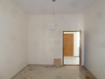 Gallery Cover Image of 1430 Sq.ft 3 BHK Apartment for rent in Manikonda for 32500