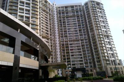 Gallery Cover Image of 990 Sq.ft 2 BHK Apartment for rent in Parel for 90000