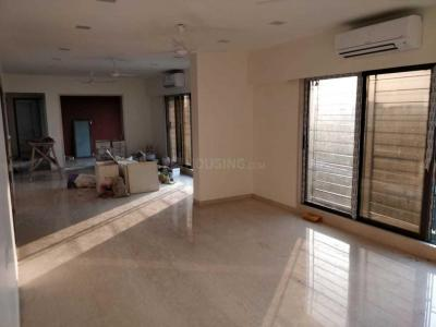 Gallery Cover Image of 1200 Sq.ft 2 BHK Apartment for rent in Kanjurmarg East for 50000