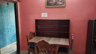 Gallery Cover Image of 700 Sq.ft 2 BHK Apartment for rent in Mouma Apartment, Paschim Putiary for 10000