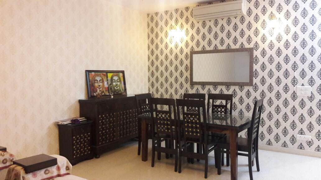 Dining Area Image of 2350 Sq.ft 3 BHK Apartment for rent in Emaar The Palm Drive, Sector 66 for 60000