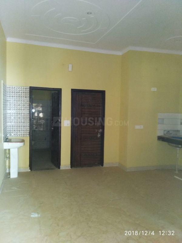 Living Room Image of 730 Sq.ft 2 BHK Independent House for buy in Sector 104 for 4000000