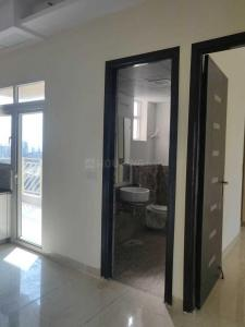 Gallery Cover Image of 2870 Sq.ft 4 BHK Apartment for rent in Mahagun Moderne, Sector 78 for 46000