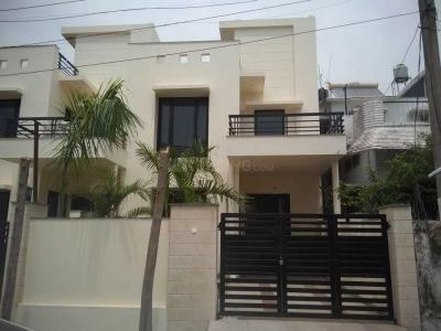 Gallery Cover Image of 2700 Sq.ft 3 BHK Villa for buy in Majra for 10000000