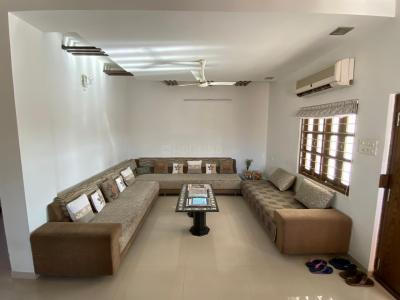 Gallery Cover Image of 1700 Sq.ft 3 BHK Apartment for buy in Satellite for 11500000
