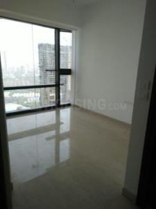 Gallery Cover Image of 850 Sq.ft 2 BHK Apartment for rent in Lodha Venezia, Parel for 95000