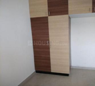 Gallery Cover Image of 850 Sq.ft 2 BHK Apartment for rent in Kolathur for 11000