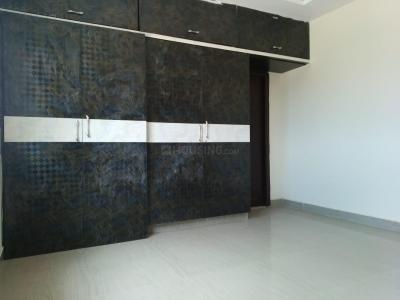 Gallery Cover Image of 1350 Sq.ft 3 BHK Apartment for rent in Kistareddypet for 10000