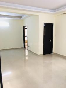 Gallery Cover Image of 1450 Sq.ft 3 BHK Apartment for rent in Shyam Bankey Bihari Sharnam, Raj Nagar Extension for 12000