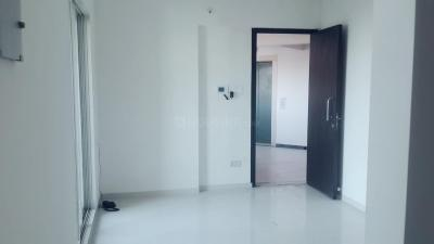 Gallery Cover Image of 710 Sq.ft 1 BHK Apartment for rent in Vijay Galaxy, Thane West for 19000