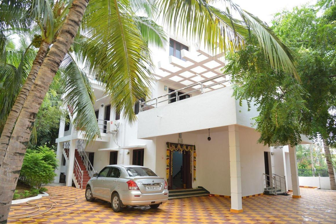 Building Image of 6000 Sq.ft 5+ BHK Independent House for rent in Medavakkam for 125000