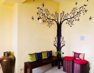 Gallery Cover Image of 1400 Sq.ft 3 BHK Apartment for rent in Hiland Park, Santoshpur for 35000