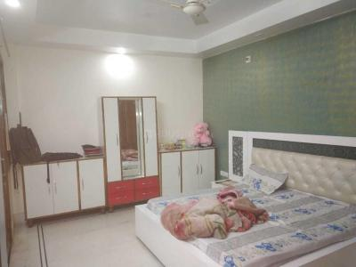 Gallery Cover Image of 1800 Sq.ft 4 BHK Independent Floor for rent in DDA Residential Flats, Sector 8 Dwarka for 32000