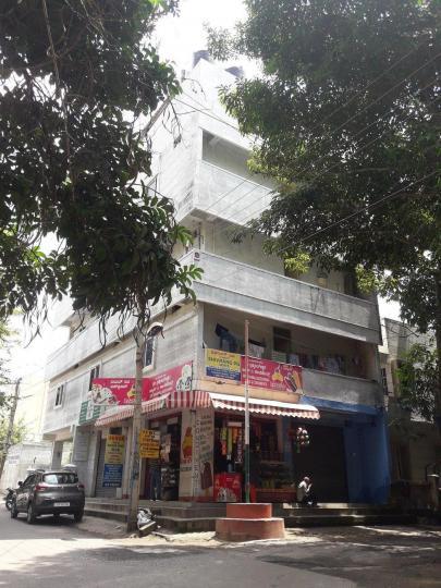 जे पी नगर 8 फेज में शिवरंग पीजी के बिल्डिंग की तस्वीर