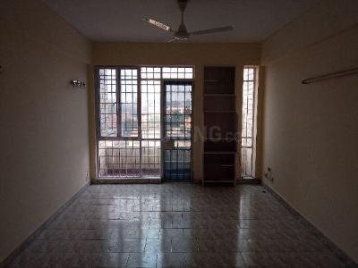 Gallery Cover Image of 1600 Sq.ft 3 BHK Apartment for rent in Charak Sadan, Vikaspuri for 27000