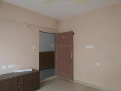 Gallery Cover Image of 1090 Sq.ft 2 BHK Apartment for rent in Singasandra for 18000