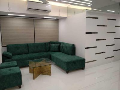 Gallery Cover Image of 1150 Sq.ft 2 BHK Apartment for rent in Malad West for 48000