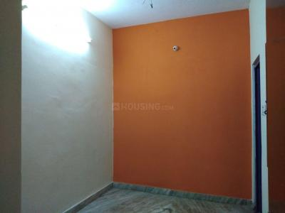 Gallery Cover Image of 1000 Sq.ft 2 BHK Independent House for rent in Ekkatuthangal for 17000
