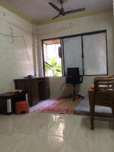 Gallery Cover Image of 760 Sq.ft 2 BHK Apartment for rent in Vasai West for 12500