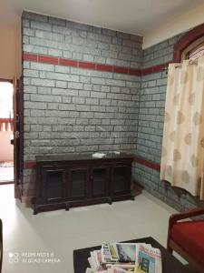 Gallery Cover Image of 1800 Sq.ft 3 BHK Independent House for rent in Kalyan Nagar for 40000