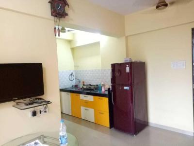 Gallery Cover Image of 575 Sq.ft 1 BHK Apartment for rent in Parel for 30000
