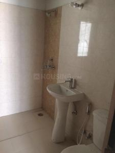 Gallery Cover Image of 1500 Sq.ft 4 BHK Apartment for rent in Noida Extension for 15000