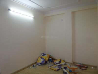 Gallery Cover Image of 750 Sq.ft 2 BHK Apartment for rent in Tughlakabad for 12000