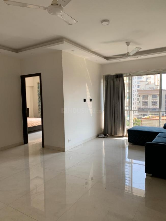 Living Room Image of 900 Sq.ft 2 BHK Apartment for rent in Khar West for 130000