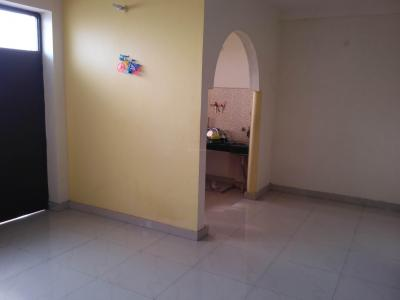 Gallery Cover Image of 1050 Sq.ft 2 BHK Apartment for rent in Sector 22 for 12000