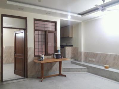 Gallery Cover Image of 450 Sq.ft 1 BHK Independent Floor for buy in Gautam Nagar for 4500000