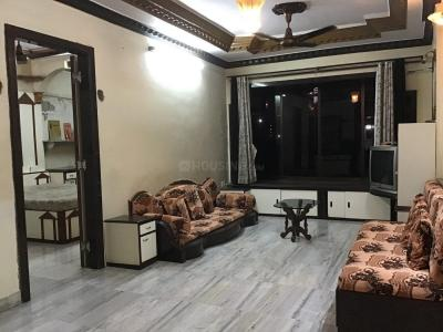 Gallery Cover Image of 750 Sq.ft 2 BHK Apartment for rent in Malad East for 40000