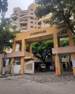 Gallery Cover Image of 1600 Sq.ft 3 BHK Apartment for buy in Magarpatta Jasminium, Magarpatta City for 12500000
