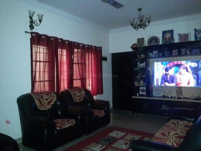 Gallery Cover Image of 1665 Sq.ft 3 BHK Apartment for rent in Samhitha Blossoms, Mahadevapura for 27000