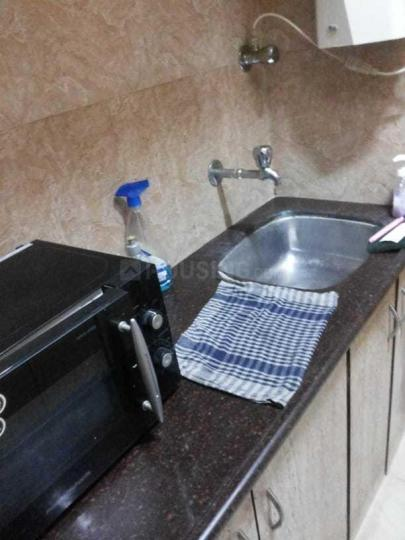 Kitchen Image of 670 Sq.ft 1 BHK Apartment for rent in Colaba for 65000