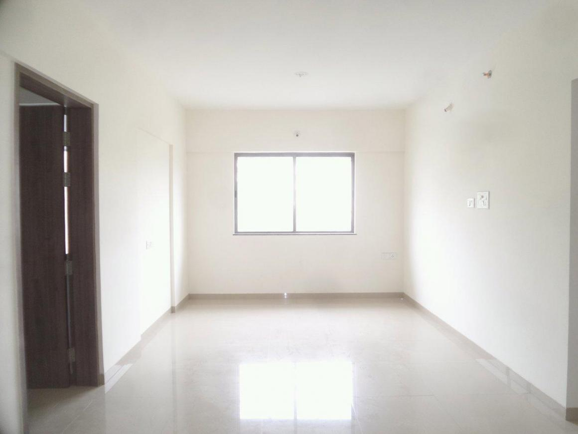 Living Room Image of 1050 Sq.ft 2 BHK Apartment for buy in Mundhwa for 6900000